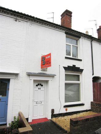 Rent this 2 bed house on Greenfield Primary School in Hill Street, Dudley DY8 1AL