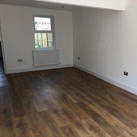 Rent this 3 bed house on Wanis Cash and Carry in Elm Park Road, London E10