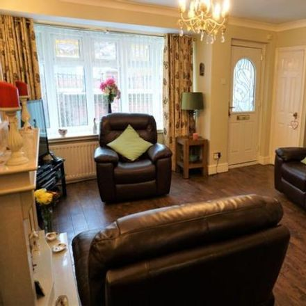 Rent this 3 bed house on Burnthouse Close in Winlaton NE21 6ET, United Kingdom