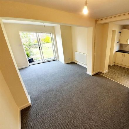 Rent this 3 bed house on Saint Giles' Close in Kettering NN15 5HJ, United Kingdom