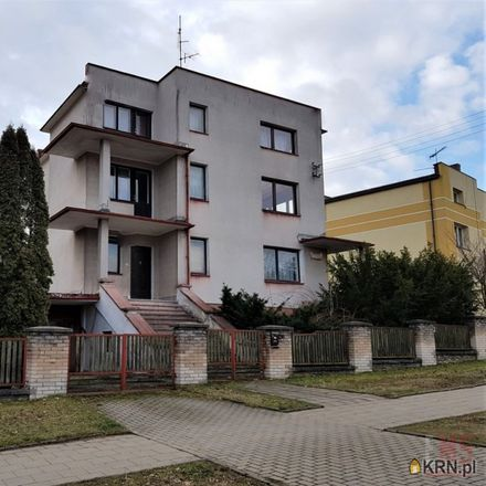 Rent this 10 bed house on Familijna 40 in 15-157 Białystok, Poland