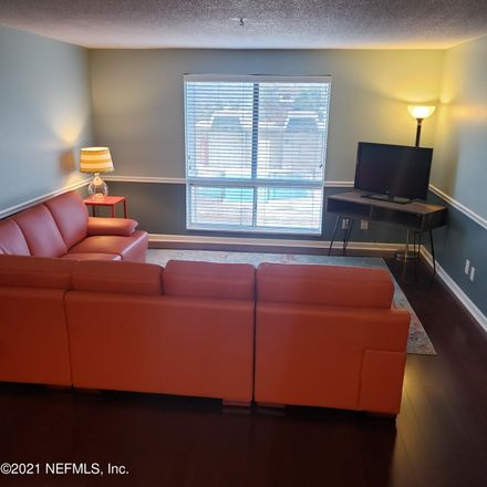Rent this 2 bed condo on SW 16 Ct in Gainesville, FL