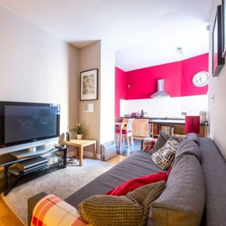 Rent this 2 bed apartment on 5 Castle Wynd South in City of Edinburgh EH1 2JT, United Kingdom