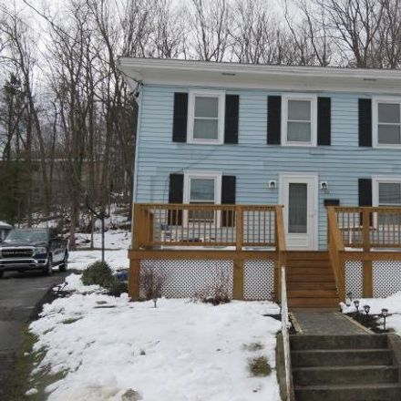 Rent this 3 bed house on 2nd St in Towanda, PA