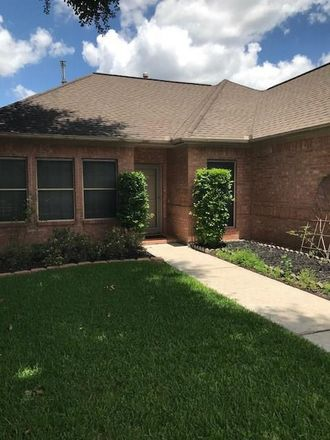 Rent this 3 bed house on Stabledon Dr in Houston, TX