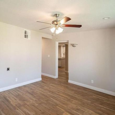 Rent this 3 bed house on 1750 West 6th Street in Mesa, AZ 85201