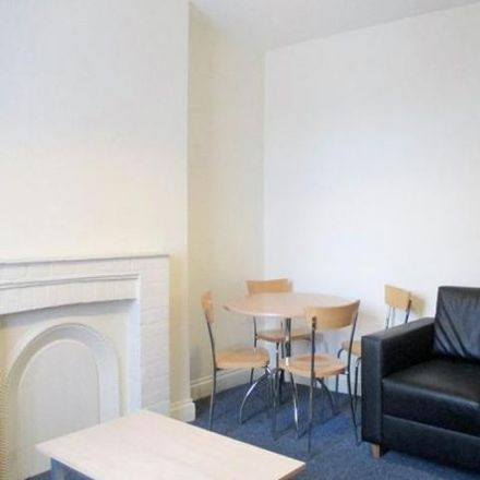 Rent this 1 bed apartment on Grosvenor Gardens in London NW2 4QN, United Kingdom