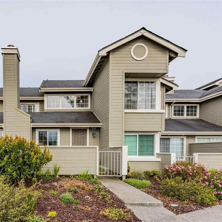 Rent this 2 bed condo on 1605 Graystone Lane in Daly City, CA 94014