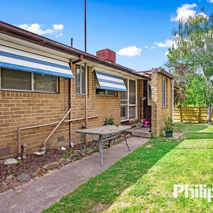 Rent this 3 bed house on 11 Clipper Court