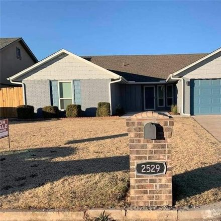 Rent this 3 bed house on 2529 Southwest 102nd Street in Oklahoma City, OK 73159