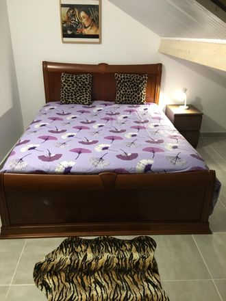 Rent this 10 bed room on 2720-046 Águas Livres