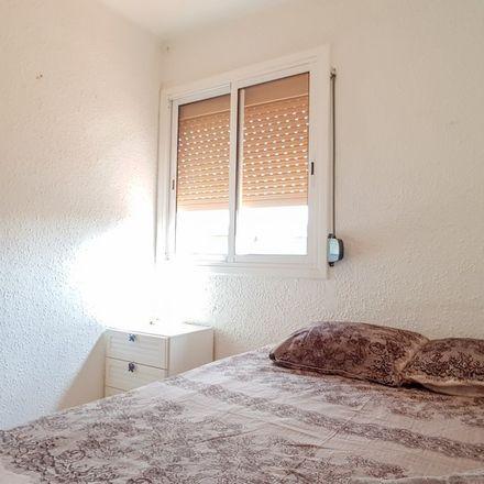 Rent this 3 bed apartment on carrer de Sant Marc in 08910 Badalona, Spain