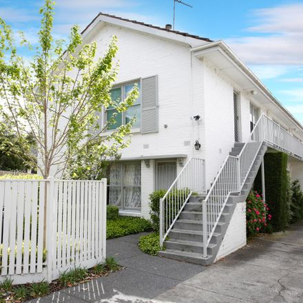 Rent this 2 bed apartment on 2/47 Robinson Road