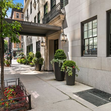 Rent this 2 bed apartment on 141 East 88th Street in New York, NY 10128