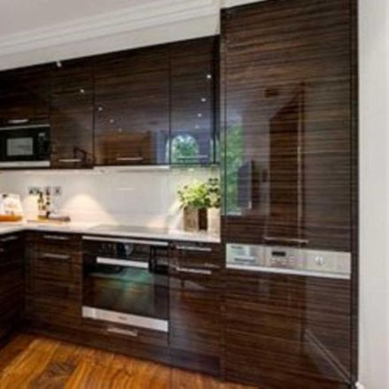 Rent this 1 bed apartment on Kensington Gardens Square in London W2 4BB, United Kingdom