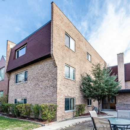 Rent this 1 bed condo on 4881 North Hermitage Avenue in Chicago, IL 60613
