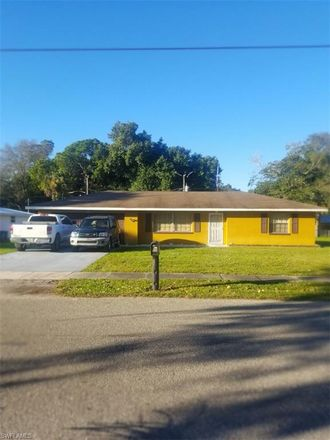 Rent this 2 bed house on 250 Miramar Rd in Fort Myers, FL