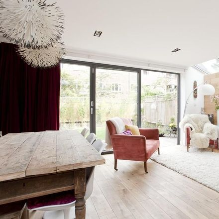 Rent this 2 bed apartment on Upper Tollington Park in London N4 3EL, United Kingdom