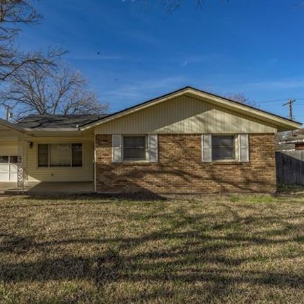 Rent this 3 bed house on 3182 South 22nd Street in Abilene, TX 79605