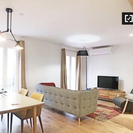 Rent this 2 bed apartment on Calle Luis de Góngora in 2, 28004 Madrid