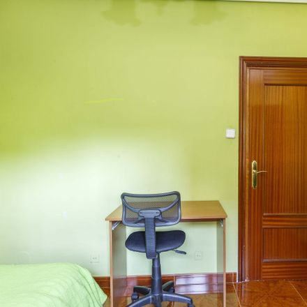 Rent this 4 bed apartment on Calle Sauzal in 8, 28017 Madrid
