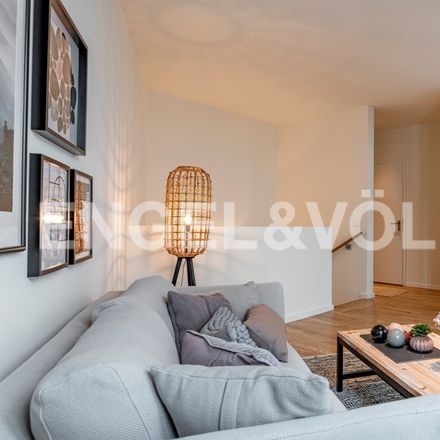 Rent this 3 bed apartment on 20097
