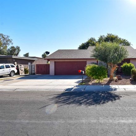 Rent this 4 bed house on United States Post Office in 699 Hart Street, Yuma