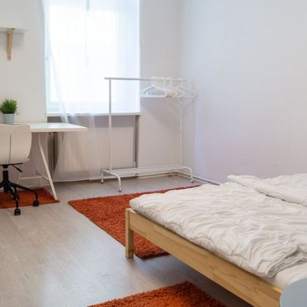 Rent this 8 bed apartment on Mercure Hotel Berlin City West in Thelen Technopark, Ohmstraße 4-6