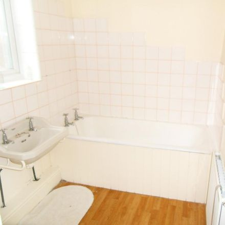 Rent this 2 bed apartment on Clifton Road in Newcastle upon Tyne NE4 8DU, United Kingdom
