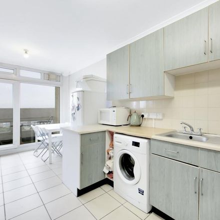 Rent this 2 bed apartment on Edrich House in Lansdowne Way, London SW8