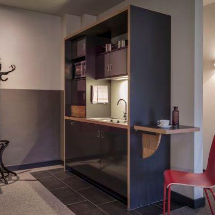Rent this 1 bed apartment on Schrötteringksweg 16 in 22085 Hamburg, Germany