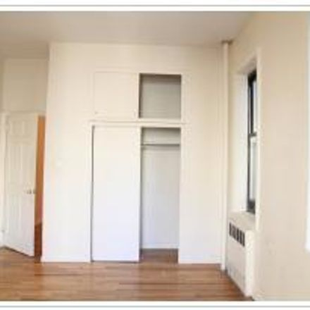 Rent this 3 bed apartment on 55 West 105th Street in New York, NY 10025