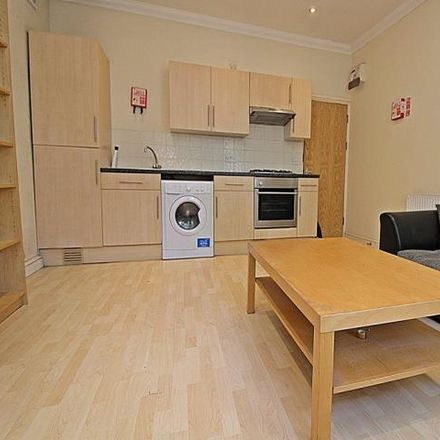 Rent this 1 bed apartment on 30 Richmond Road in Cardiff, United Kingdom