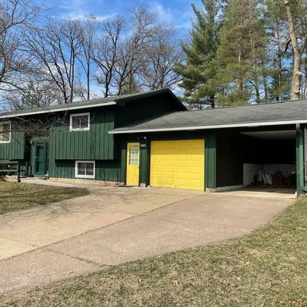 Rent this 3 bed house on 13130 12th Street in Osseo, WI 54758