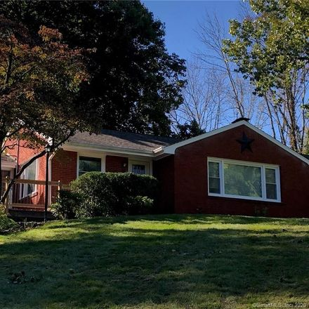 Rent this 3 bed house on 265 Danbury Road in Ridgefield, CT 06877