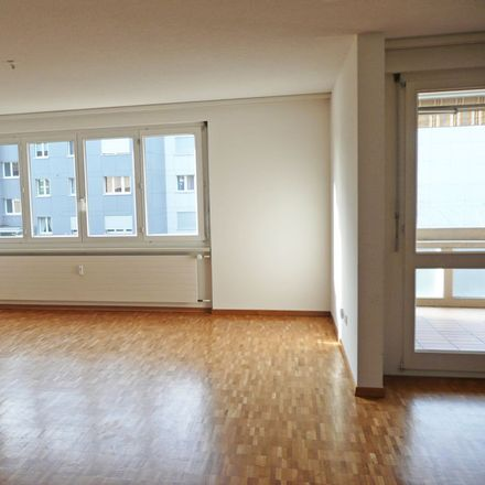 Rent this 4 bed apartment on Wingertlistrasse 29 in 8403 Winterthur, Switzerland