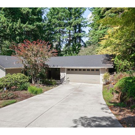 Rent this 4 bed house on 3061 Westview Court in Lake Oswego, OR 97034