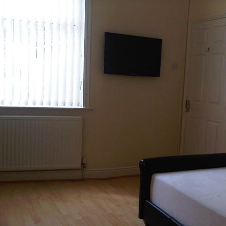 Rent this 4 bed room on 10 George St in Loughborough LE11 5DQ, UK