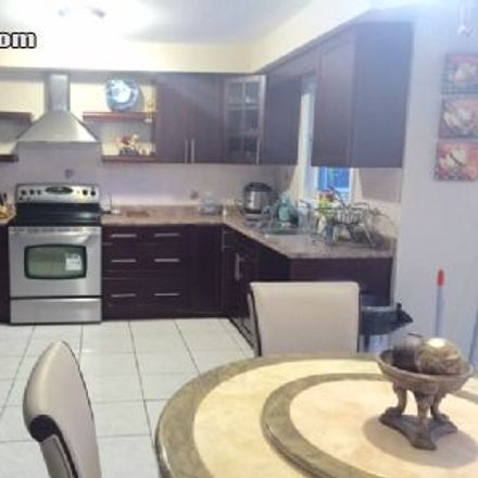 Rent this 4 bed house on 5258 Naskapi Court in Mississauga, ON L5R 2N3