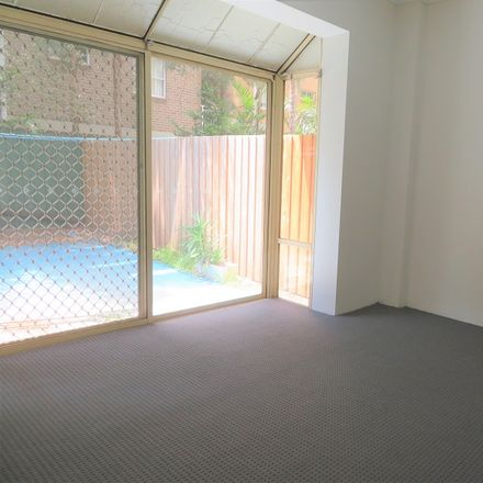 Rent this 2 bed apartment on 20 Maroubra Road
