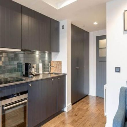 Rent this 1 bed apartment on Cheval Old Town Chambers in 323 Roxburgh's Close, City of Edinburgh EH1 1LW