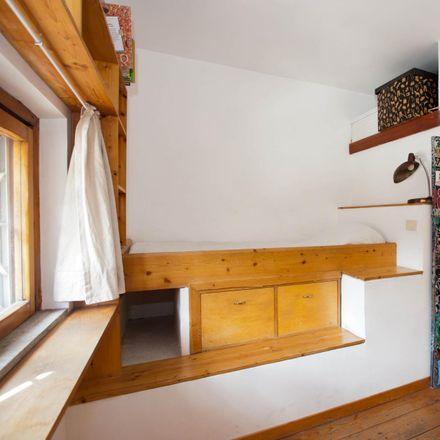 Rent this 3 bed room on Conte dei Cocci in Via di Monte Testaccio, 63