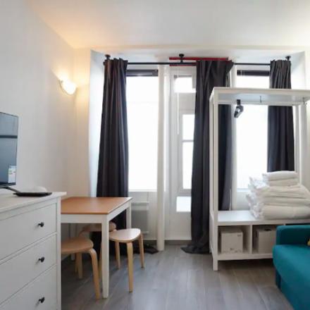 Rent this 0 bed room on Paris in Quartier des Batignolles, ÎLE-DE-FRANCE