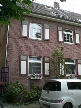 Rent this 3 bed apartment on Am Weidengraben 16 in 47269 Duisburg, Germany