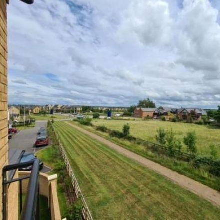 Rent this 5 bed house on Hayton Way in Milton Keynes MK4 4LP, United Kingdom