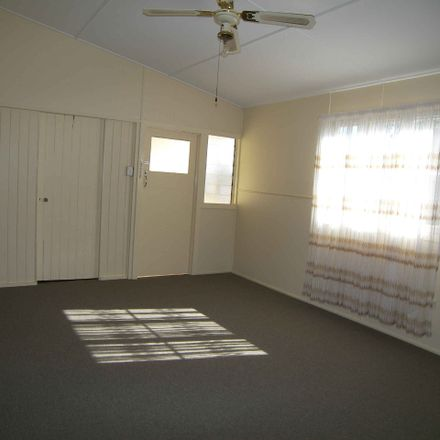 Rent this 3 bed house on 5 River Terrace