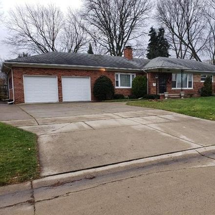 Rent this 3 bed house on Creek Dr in Sterling Heights, MI