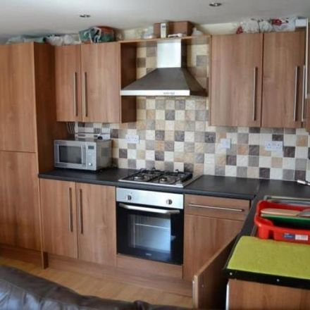 Rent this 4 bed apartment on 61 Woodville Road in Cardiff, United Kingdom