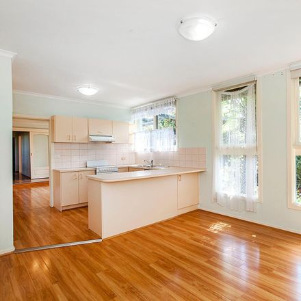 Rent this 2 bed house on 2/16A Arlington Street