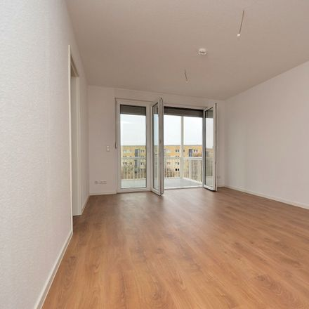 Rent this 1 bed apartment on Martin-Riesenburger-Straße 42 in 12627 Berlin, Germany